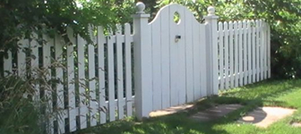 Cottage Garden Fencing and White Picket Fences
